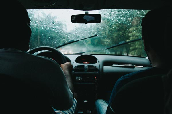 be cautious when driving in the rain - car injury law firm Kane & Silverman