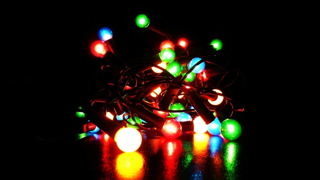 holiday lights - holiday lawsuits