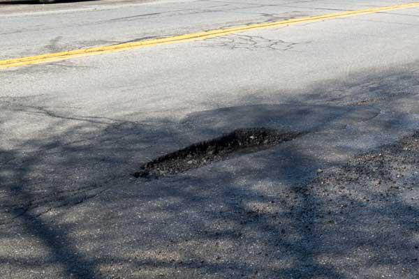 dangerous potholes in Philadelphia cause pothole injury