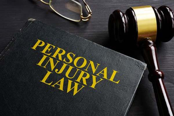 personal injury boat accident lawyer