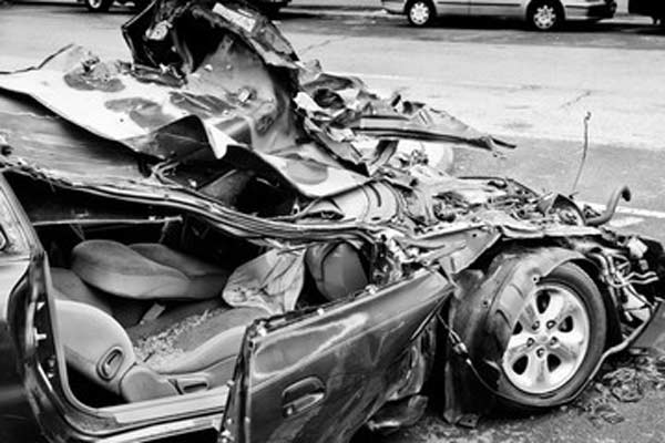 when is a car totaled? car crash injury lawyer