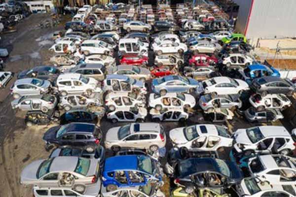junkyard of crashed cars